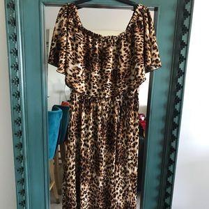 Plus size leopard off shoulder maxi dress